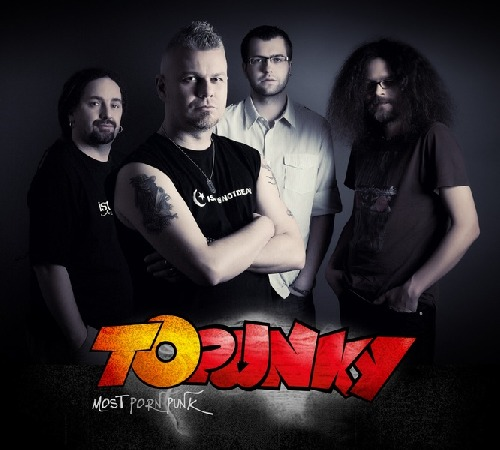 Topunky cover